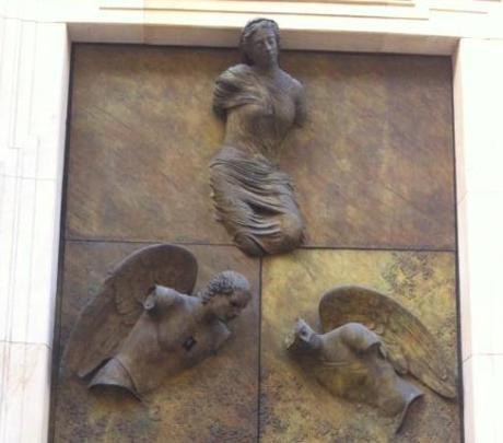 anioły na drzwiach katedry warszawskiej