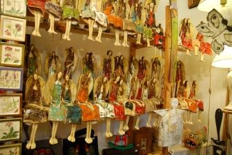 anioły w galerii w Kazimierzu Dolnym nad Wisłą