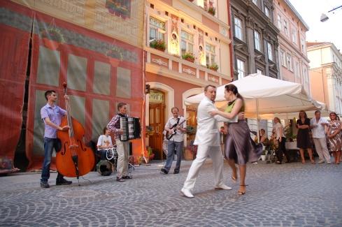tango na ulicach Lwowa