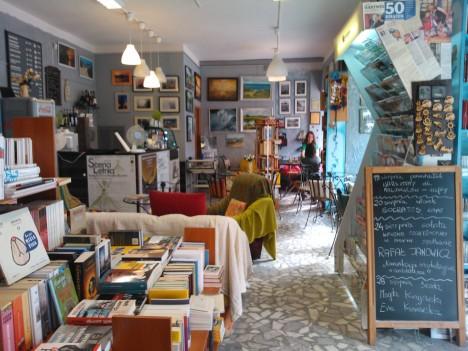 kawiarnia i księgarnia w jednym, Vademecum przy Świętojańskiej